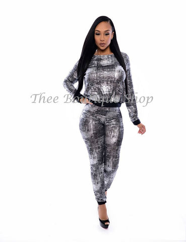 The Metallic Dubai Joggers Set (Silver)