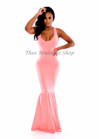 The Hollywood Mermaid Dress (Peach)