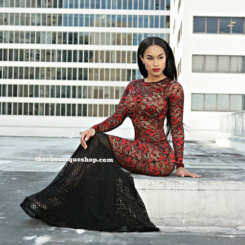 The Lace Fusions Mermaid Dress (Rouge)