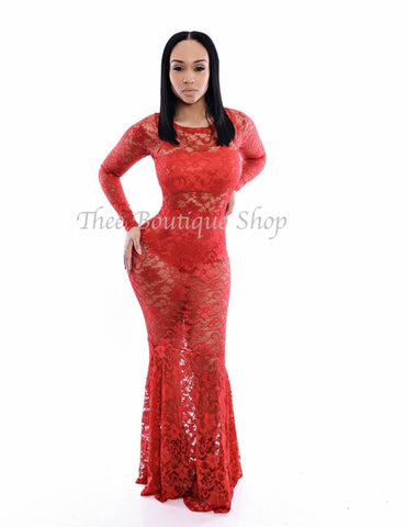 The Chantilly Lace Mermaid Dress (Rouge')