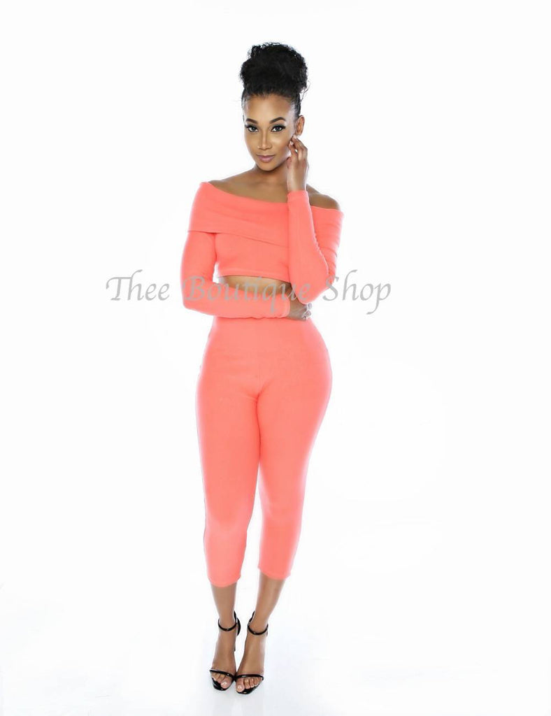 The Classic Off The Shoulder Capri Set (Peach)