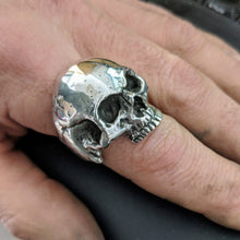 Load image into Gallery viewer, Sinister Heavy Metal Skull Ring