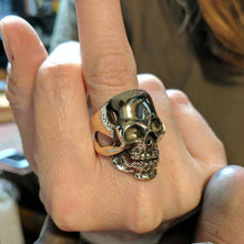 Load image into Gallery viewer, Full Face Skull Ring