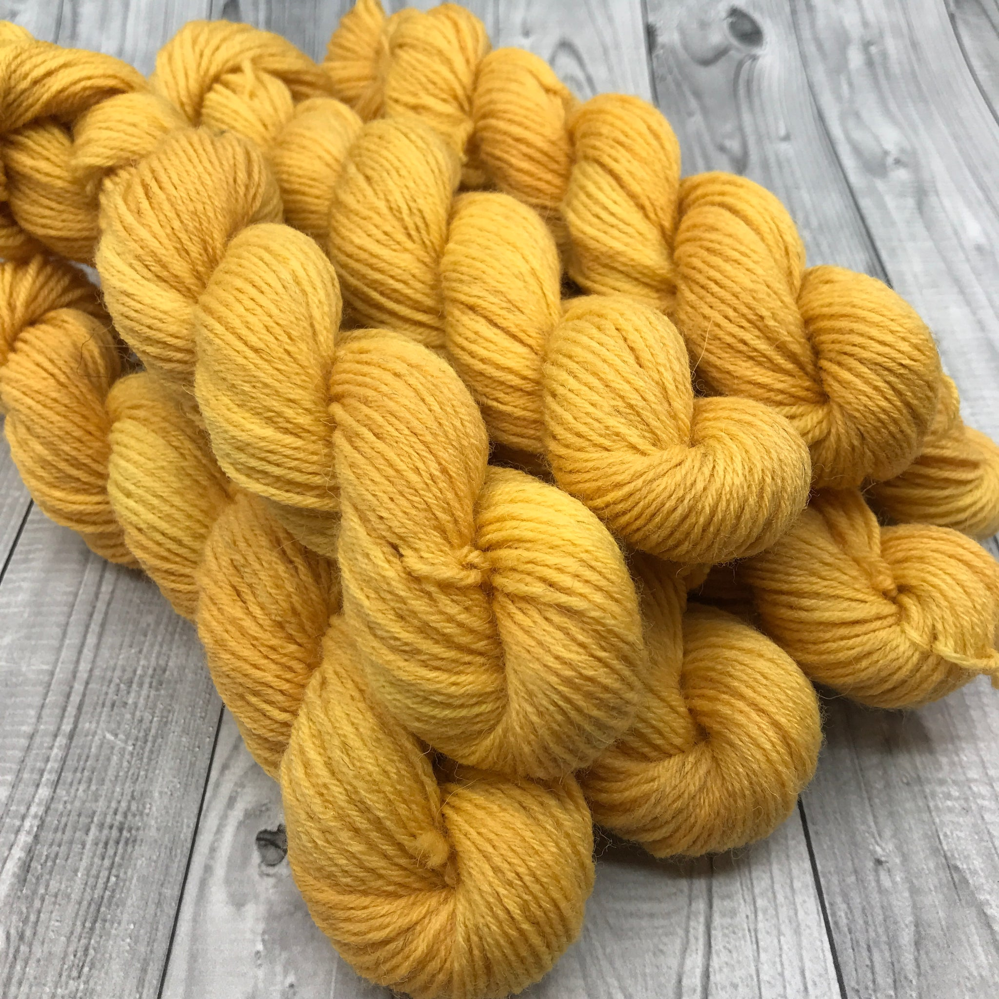 Hunter Highland DK - 20g Mini Skein- 2019 Fall- Warm Fall Sun