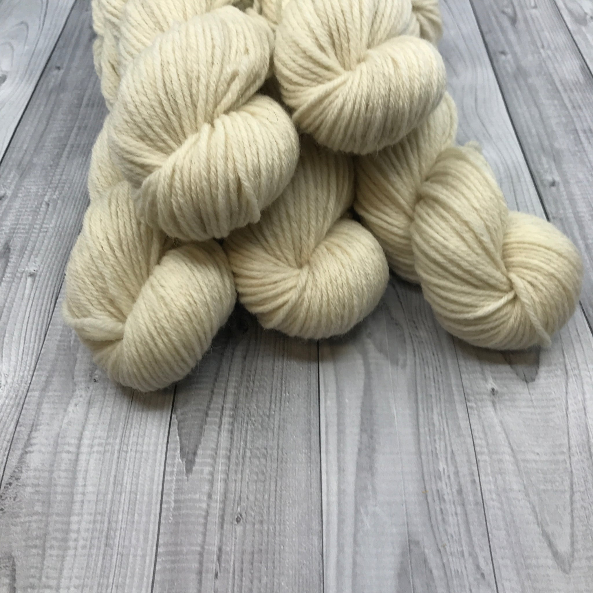 Hunter Highland DK - 50g Mini Skein- Bare Naked