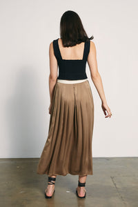 Cave Skirt-Taupe