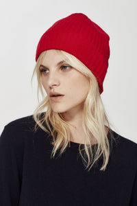 Cashmere Beanie in Red