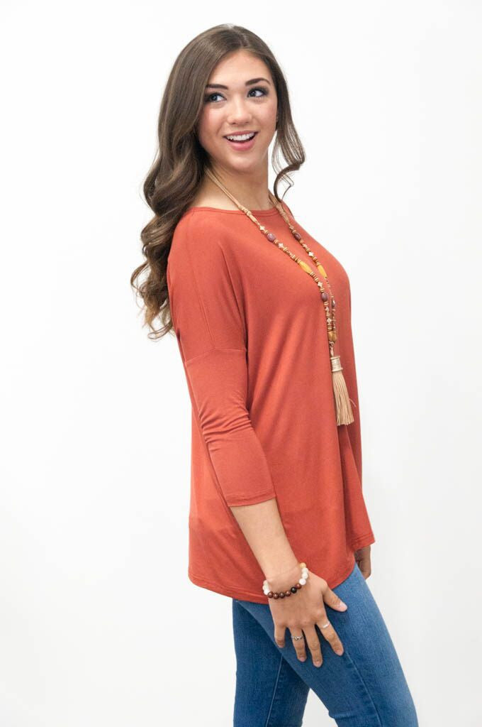 Piko Perfect 3/4 Sleeve Top in Rust Brown