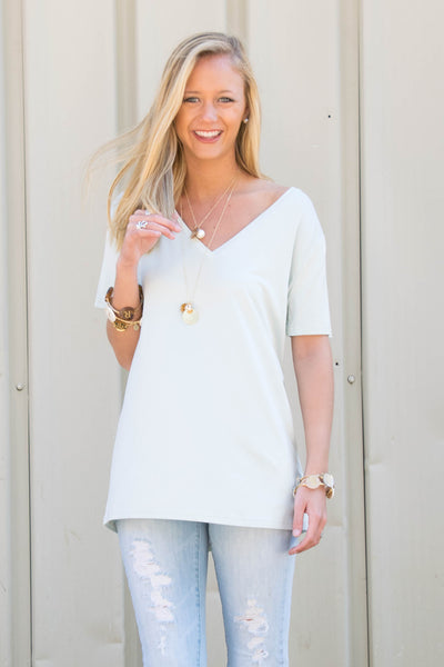 Piko Short Sleeve in Light Blue (V-Neck)