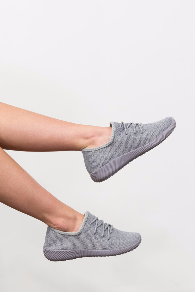Catch Me if You Can Sneaker in Light Grey