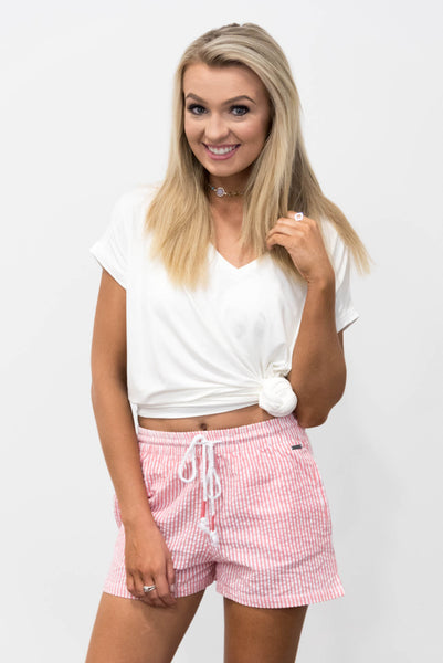 Seersucker Shorts in Coral