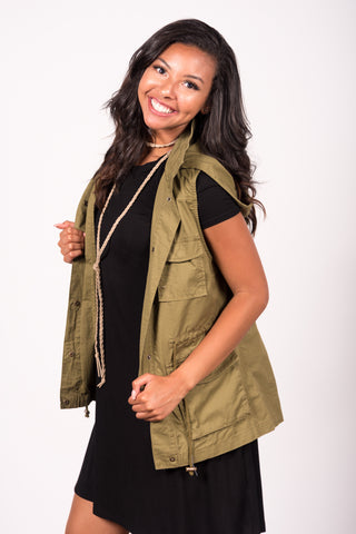 In Control Cargo Vest in Light Olive