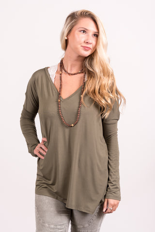 Piko Perfect V-neck Top in Army