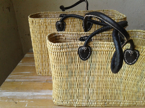 Black handle baskets