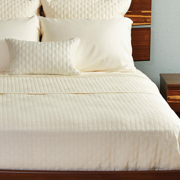 Bamboo Quilted Coverlet Ivory