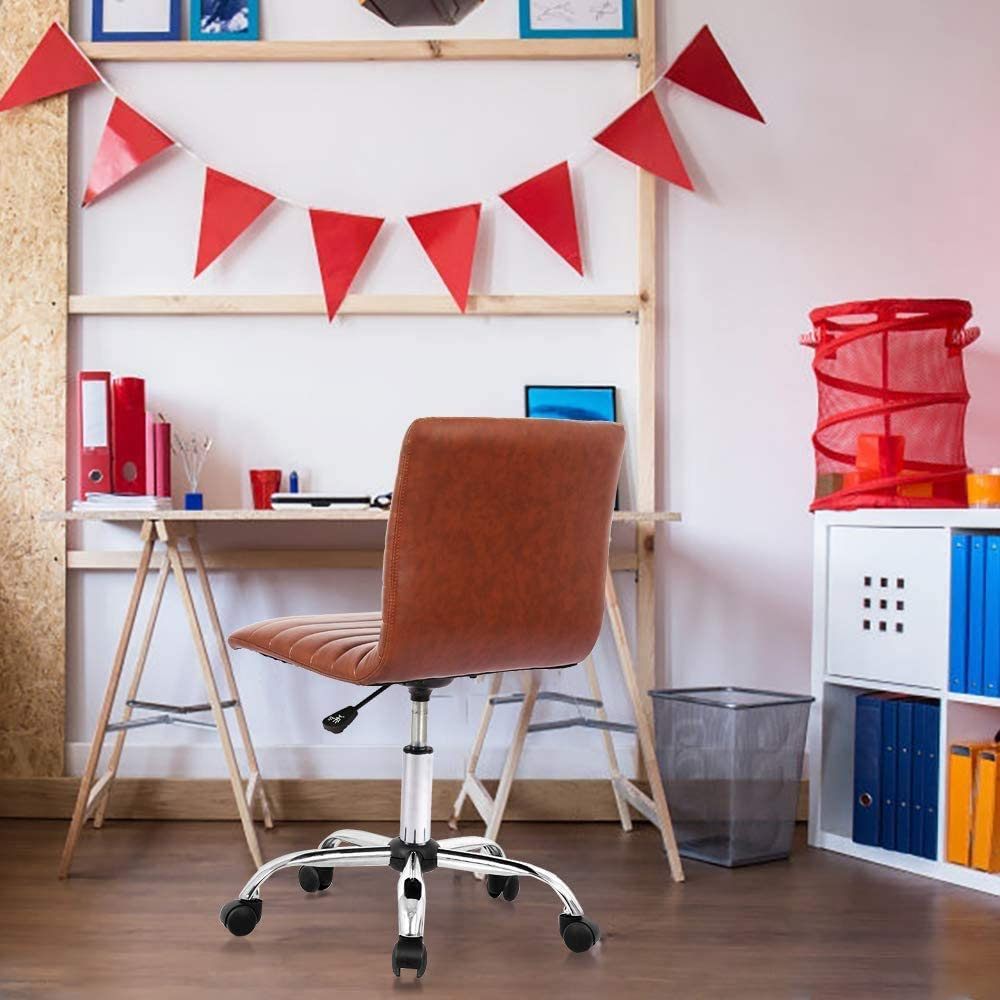 office-chair-in-a-room-Zavato-Home
