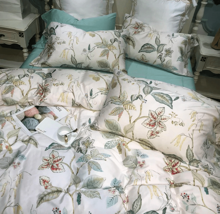 Sweet Flowers Colorful Floral Egyptian cotton Bedding Set | Guccio Home