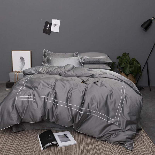 Royal Lines Egyptian Cotton Bedding Set | Guccio Home