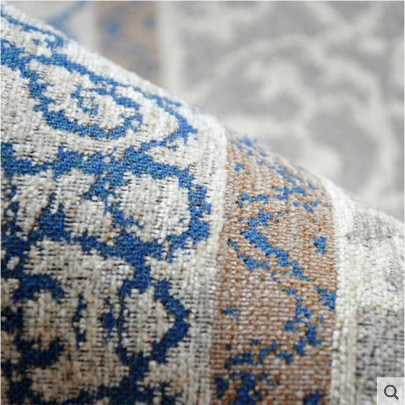 close-up-of-low-pile-on-modern-rug-Zavato-Home