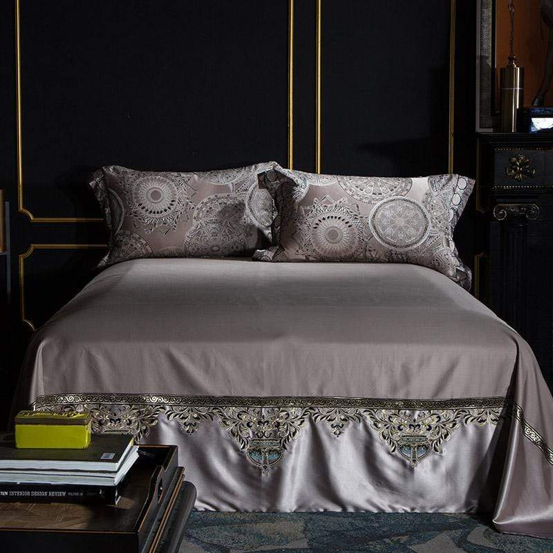 Le Gala Silver Luxury Bedding Set