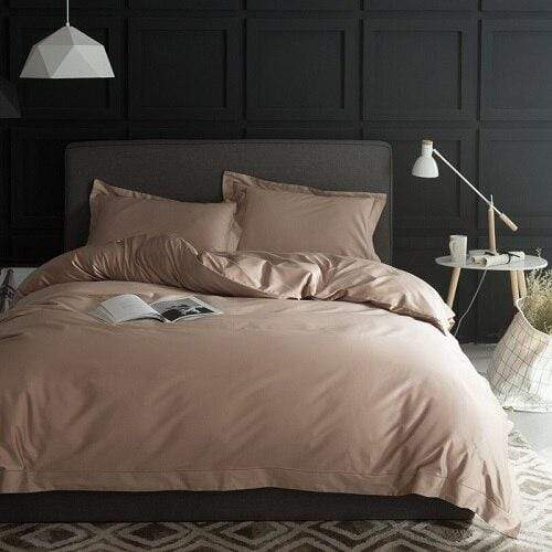 Red Wood Bedding Set
