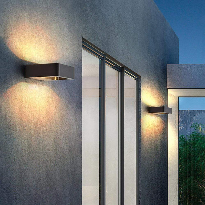 Morlaix Outdoor Wall Lamp