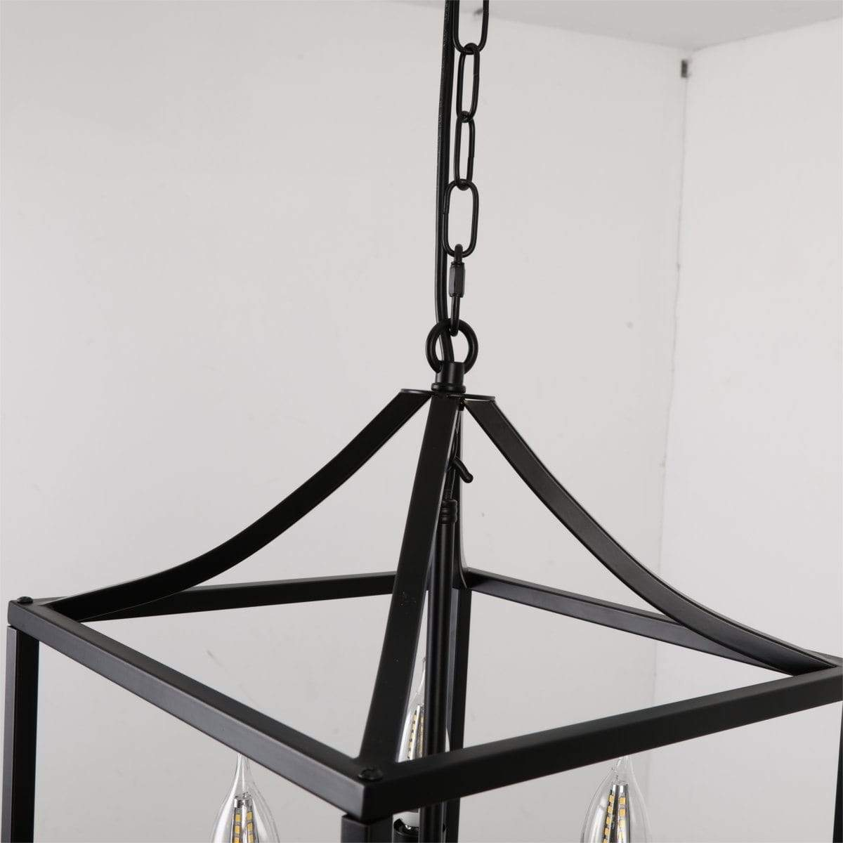 close-up-of-adjustable-chains-pendant-lamp-Zavato-Home