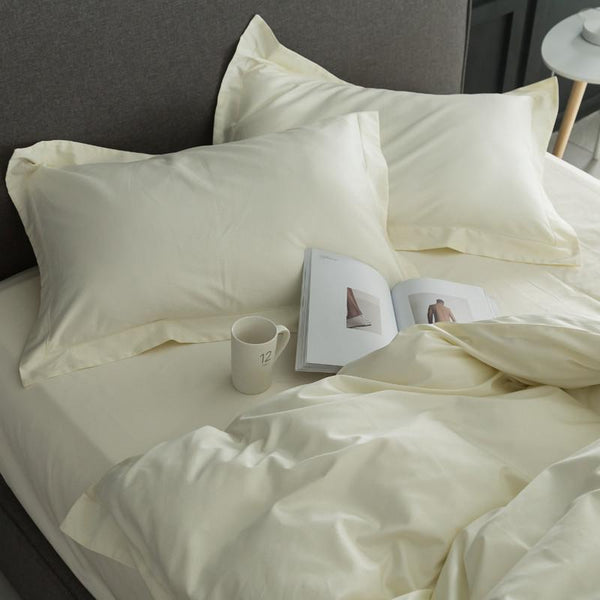 Egyptian-cotton-bedding-set-display-with-mug-and-magazine-Zavato-Home