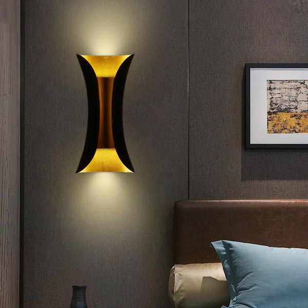 Essen Wall Lamp