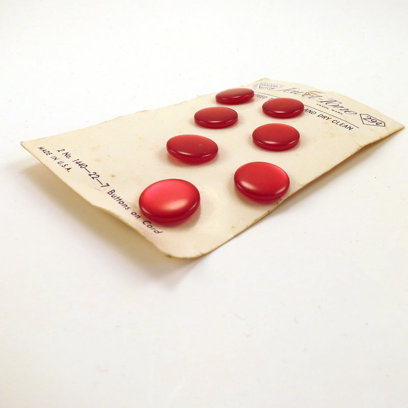 Flat Red Vintage Buttons on Original Card