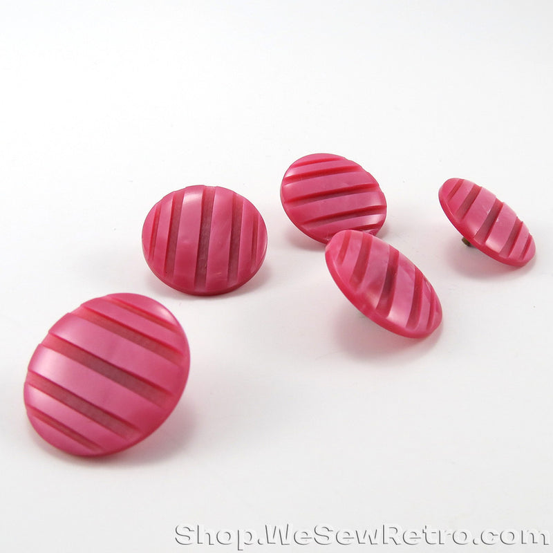 5 Pink Vintage Buttons