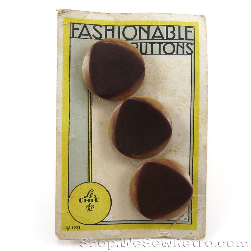 1930s Vintage Buttons on Original Card
