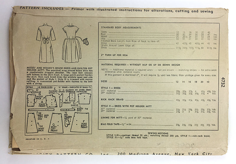 Simplicity 4732 1940s Housedress with Matching Oven Mitt Sewing Pattern