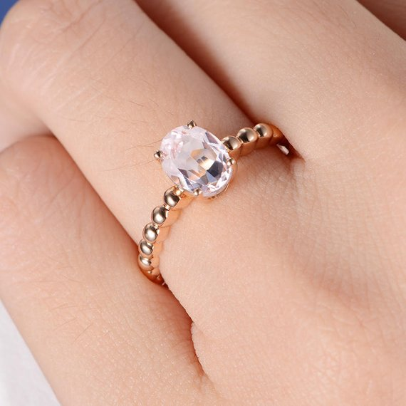 18K Gold Simple Oval Cut Morganite Engagement Ring