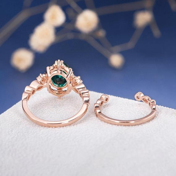 18K Antique Rose Gold Engagement Ring Set Oval Cut Lab Emerald Ring May Birthstone Women Diamond Beaded Retro Unique Art Deco Eternity Ring 2pcs DJ526