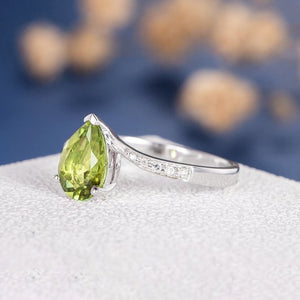 18K Pear Shaped Peridot Engagement Ring Unique Solitaire Ring Wedding Birthstone 6x9mm Pear Cut Vintage Ring For Woman Antique Ring Custom Ring DJ563