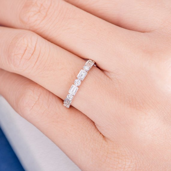 18K Antique Baguette Diamond Ring Art Deco Wedding Band Women Retro Milgrain Vintage Bridal Stacking Ring Half Eternity Unique White Gold Gift DJ257