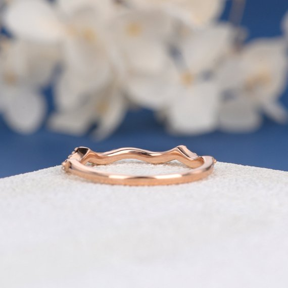 18K Curved Moissanite Band Custom Order Rose Gold Wedding Band Women Moissanite Ring Stacking Wave Anniversary Promise Gift Dainty Engraving DJ251