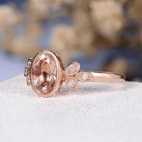 18k Gold Oval Cut Morganite Engagement Ring