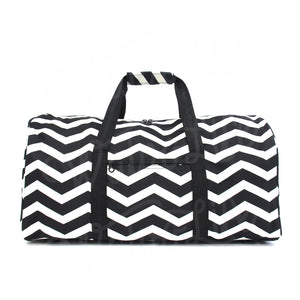 "22"" Gym Duffel Bag - Black and White Zig Zag"