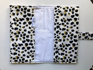 Nappy Clutch & Optional Change Mat