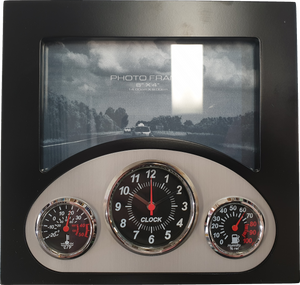 Dashboard Clock