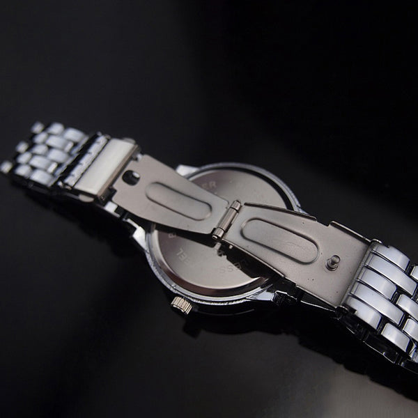 Luxury Crystal Big Number Stainless Steel Band Quartz Watch Silver
