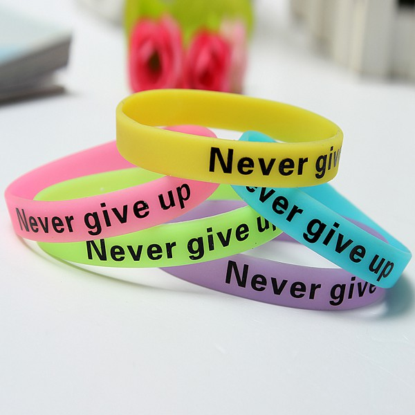 Multicolor Luminous Never Give Up Silicone Bracelet Wristband Unisex Blue