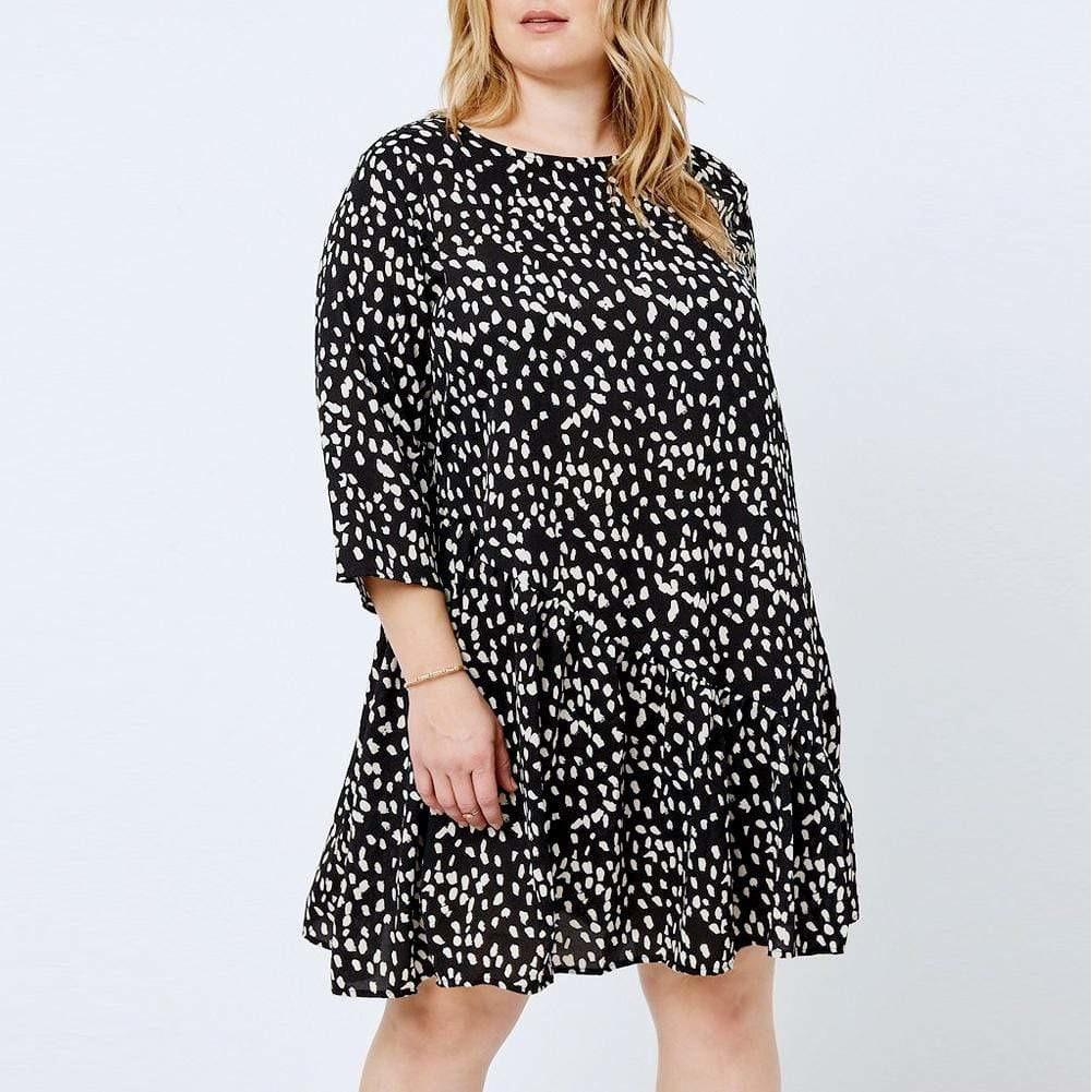 Posh Shoppe: Plus Size Swing Mini, Black and White Print Dress