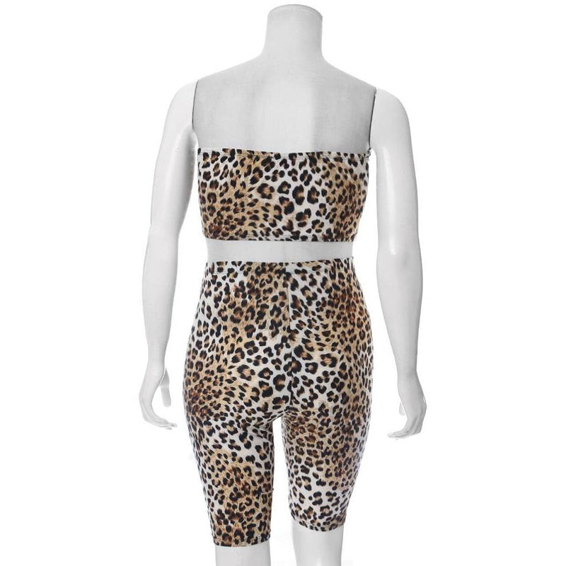 Posh Shoppe: Plus Size 2 Piece Strapless Top & Biker Shorts Set, Animal Print Bottoms