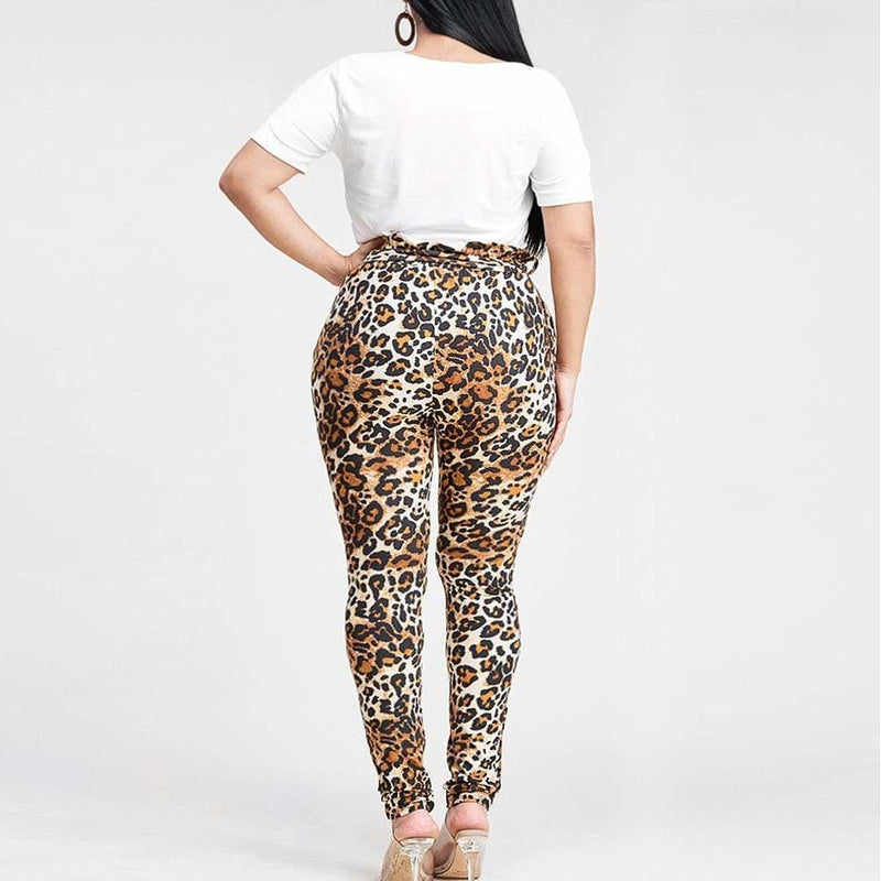 Plus Size Graphic Tee and Paper Bag Pants Set, Animal Print