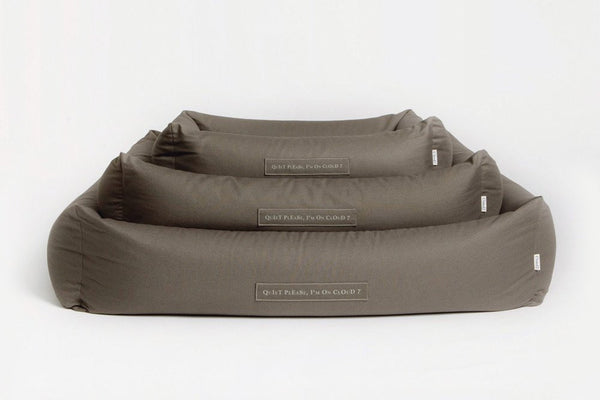 DOG BED SLEEPY ORGANIC CANVAS OLIVE - Lavish Tails