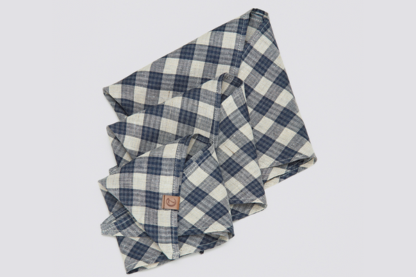 DOG BANDANA CHECK DARK BLUE - BEIGE - Lavish Tails