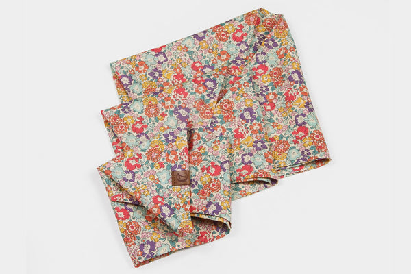 DOG BANDANA FLOWER MEADOW - Lavish Tails